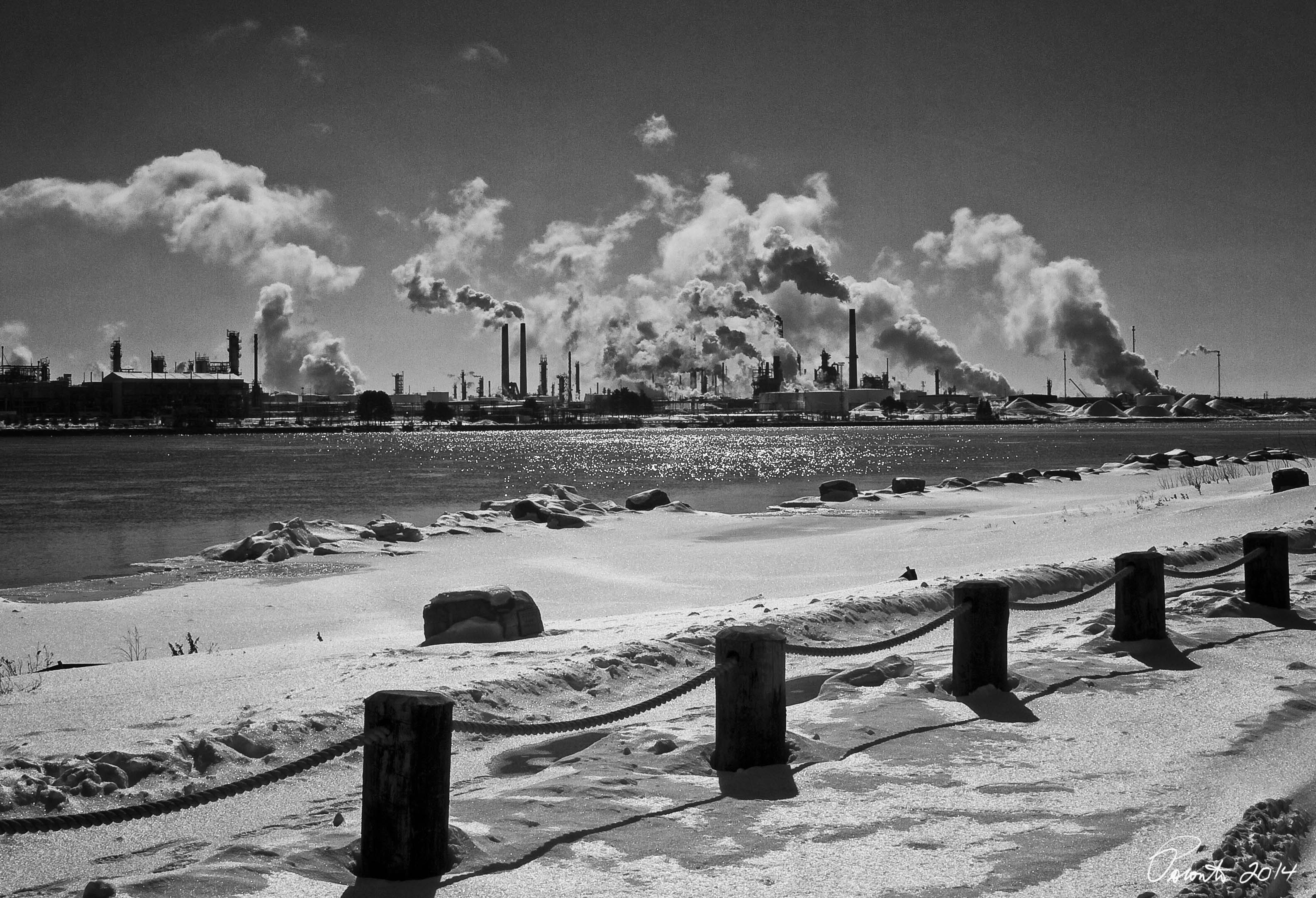factory/refinery on the Canadian side of the river...